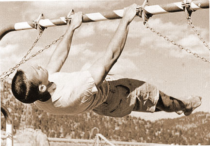 John_Gill_-_Front_Lever_-_1962